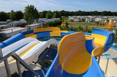 camping-les-ollivauds-hotellerie-de-plein-air-equipement-service-2